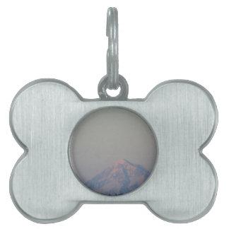 山の日没の白熱 ペットネームタグ