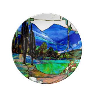 山の景色のステンドグラス窓の芸術 磁器プレート