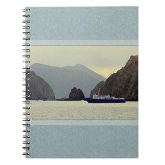 山の景色のノートとの海 ノートブック