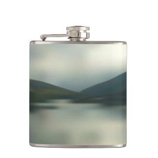 山の湖 フラスク