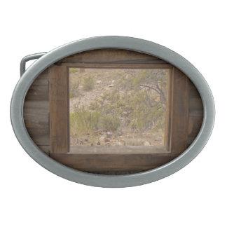 山の船室の窓 卵形バックル