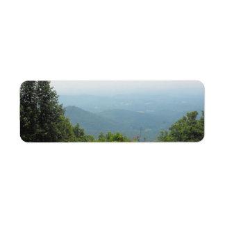 山の谷のラベル ラベル