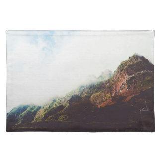山のWanderlustの冒険の自然の景色 ランチョンマット