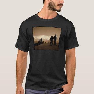 山を越えて Tシャツ