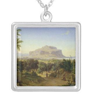 山ペルグリノが付いているパレルモの眺め シルバープレートネックレス