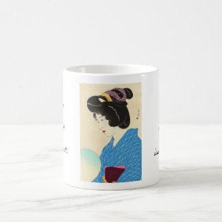 山川町Shuhoの薄暗がりのTasogareの日本の女性芸術 コーヒーマグカップ