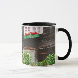山村の路傍の神社 マグカップ