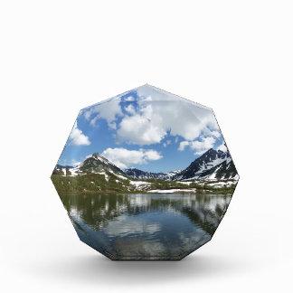 山湖の空そして雲の反射 表彰盾