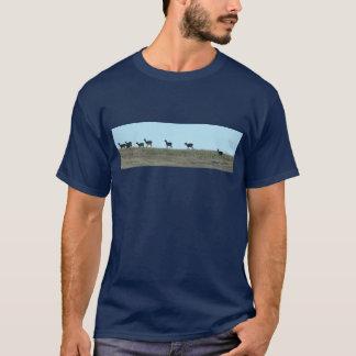 山腹のTシャツのシカ Tシャツ