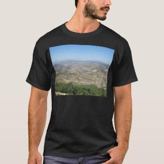 山4に Tシャツ