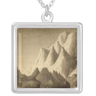 山 シルバープレートネックレス