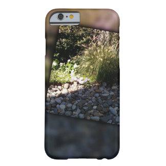 岩が多い汚点 BARELY THERE iPhone 6 ケース
