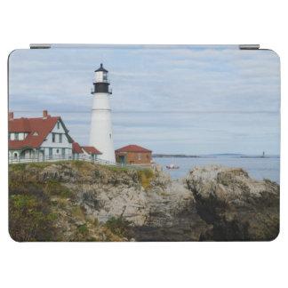 岩が多い海岸のポートランドヘッドライトの灯台 iPad AIR カバー