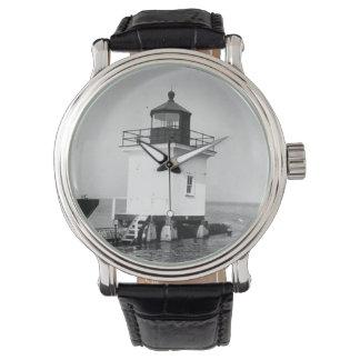 岬のヴィンチェンツォの灯台 腕時計