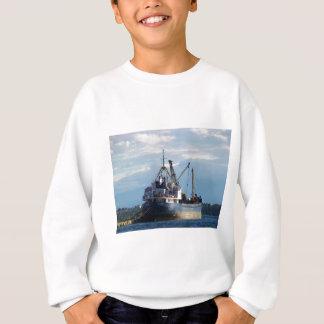 島のギリシャの貨物船 スウェットシャツ