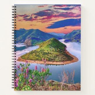 島の花の景色山の日没のノート ノートブック