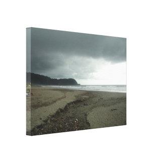 嵐のビーチ キャンバスプリント