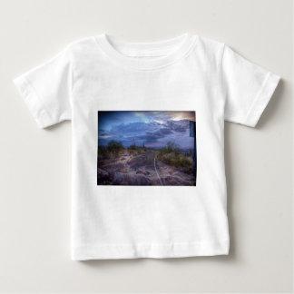 嵐の道 ベビーTシャツ