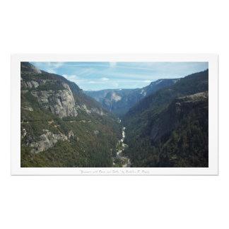 """""""川および滝が付いているヨセミテ""""、自然の装飾 フォトプリント"""