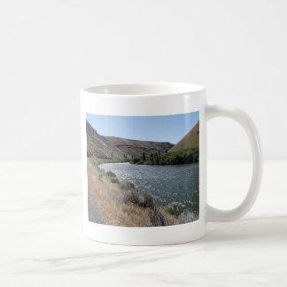 川のくねり コーヒーマグカップ