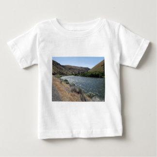 川のくねり ベビーTシャツ