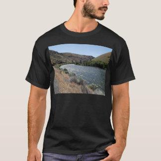 川のくねり Tシャツ