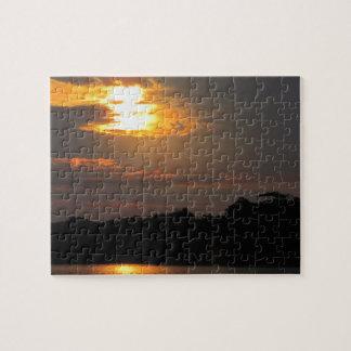 川のパズル上の日没 ジグソーパズル