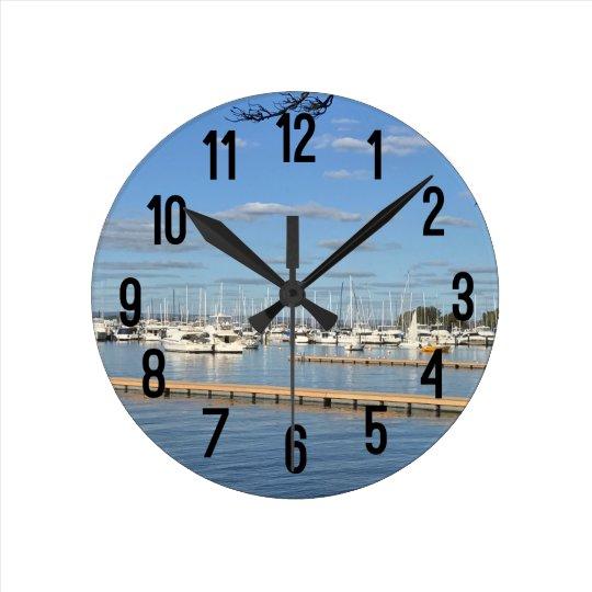 川のヨット ラウンド壁時計