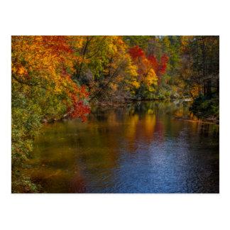 川の郵便はがきの穏やかな秋 ポストカード