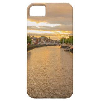 川のLiffeyの日没トムWurl iPhone SE/5/5s ケース