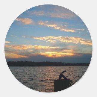 川上の日没 ラウンドシール