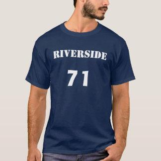 川岸、71 Tシャツ