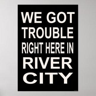 川都市(15 x 22)の正しの悩みここに ポスター