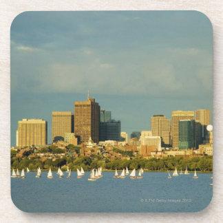 川、チャールズ川、ボストンのヨット、 コースター