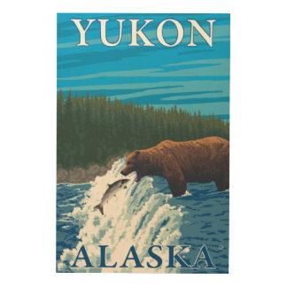 川-ユーコン準州、アラスカのくまの魚釣り ウッドウォールアート