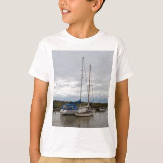 川Blytheのヨット Tシャツ