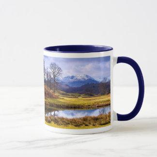 川Brathay -湖地区のマグ マグカップ