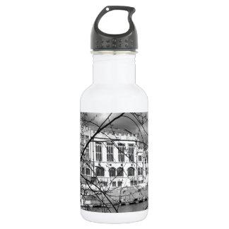 川Ouseのヨークのギルド会議所 ウォーターボトル