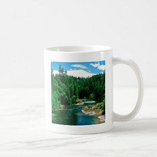 川Umpquaダグラス郡オレゴン コーヒーマグカップ