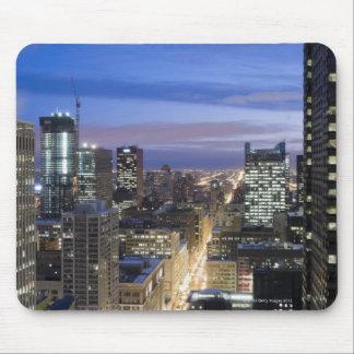 州の通りに沿う建物の空中写真 マウスパッド