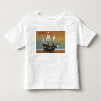 巡礼者のホールの意見のMayflowerのモデル トドラーTシャツ