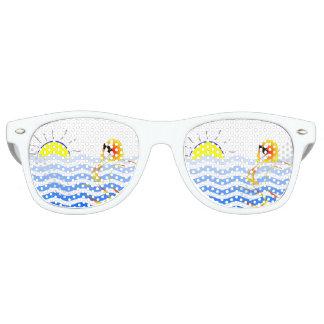 巧妙なビーチのサングラス レトロサングラス