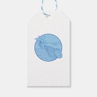 巨大なカエルの貝のビーチのヤシの木の円のレトロ ギフトタグ