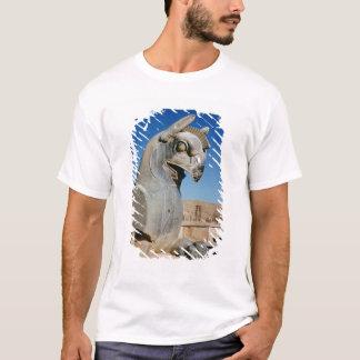 巨大なグリフィン、ペルシャ語、紀元前のc.516-465 tシャツ