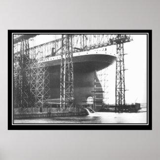 巨大なシリーズポスター巨大な進水 ポスター
