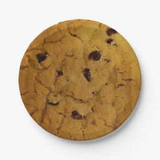 巨大なチョコチップクッキー ペーパープレート