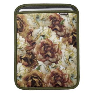 巨大なヴィンテージのバラ iPadスリーブ