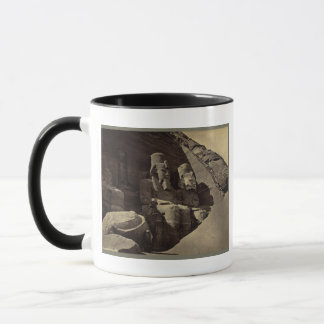 巨大な姿、Abu Sunbul、エジプト マグカップ