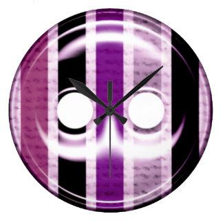 巨大な紫色ボタンの時計 ラージ壁時計