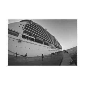 巨大な遊航船 キャンバスプリント